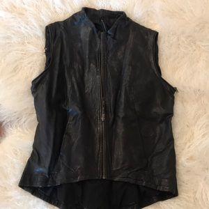 Vintage Blk leather vest.